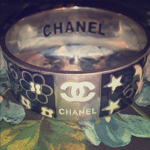 Chanel braclet